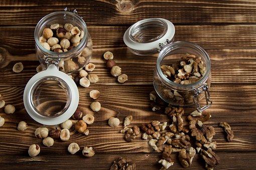 nuts-2019669__340.jpg