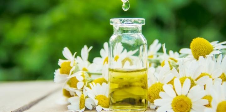 ekstrakt-z-kwiatu-rumianku-pospolitego.jpg