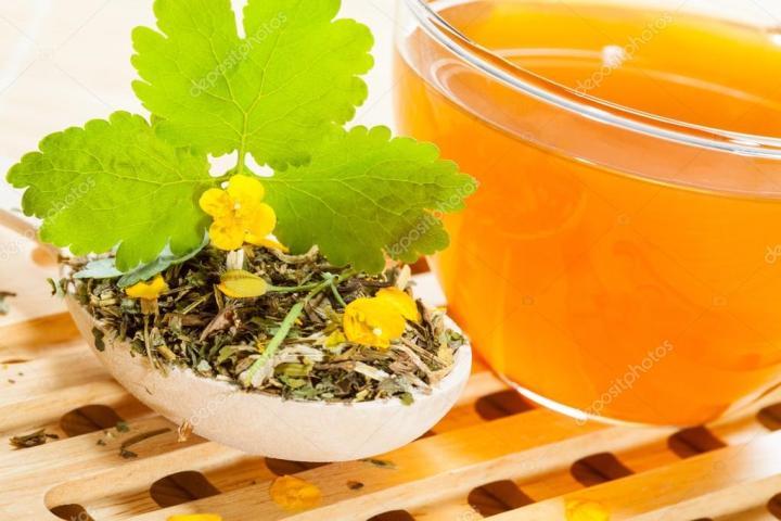 depositphotos_116030048-stock-photo-cup-of-celandine-tea-on.jpg