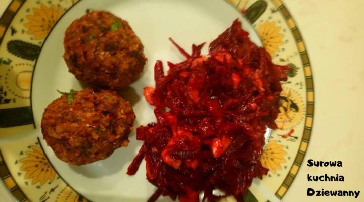 Surowa kuchnia Dziewanny.png